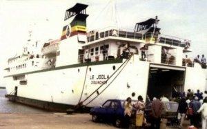 le-joola-ferry-senegalais-qui-a-fait-naufrage-en-2002_1763081_480x300
